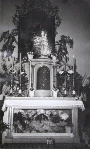 Boční kaple ve Slatině.jpg