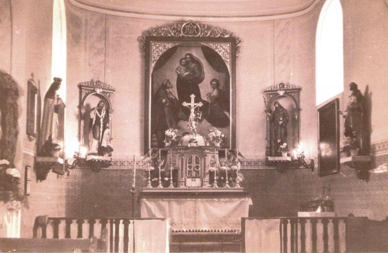 Oltář v kostele Nanebevzetí P. Marie.jpg